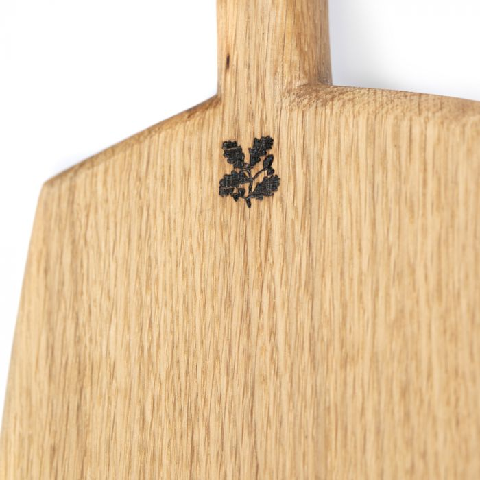 National Trust Medium Chopping Board with Handle, Oak