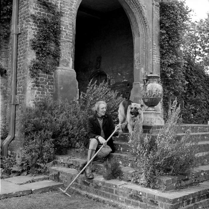 Sissinghurst Castle Garden Copper Planter