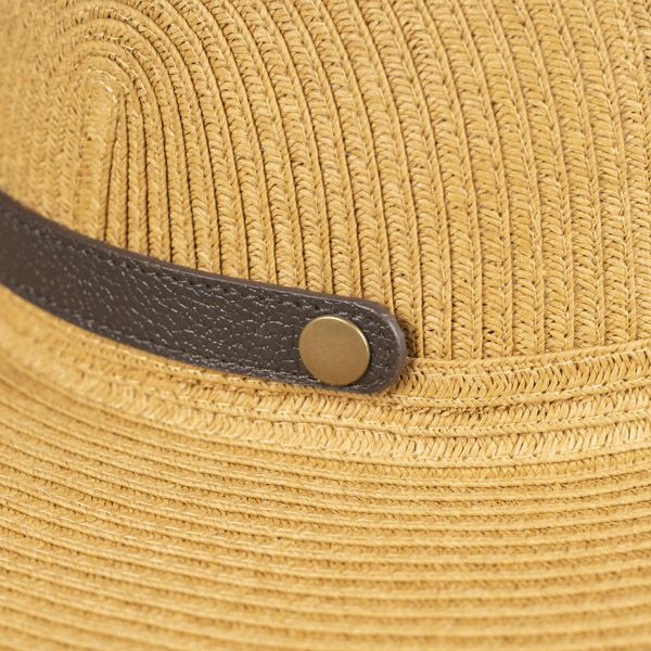 Foldable Hat with Clasp