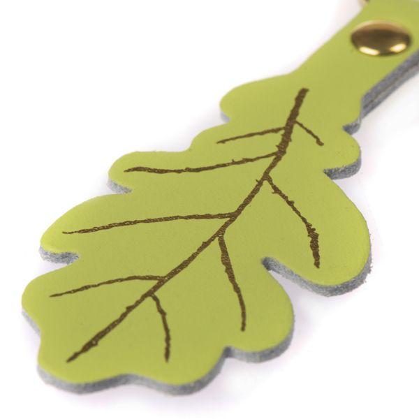 National Trust Celebration Green Oak Leaf Keyring