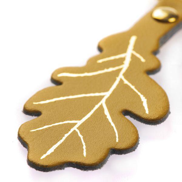 National Trust 125 Year Anniversary Gold Oak Leaf Key Ring
