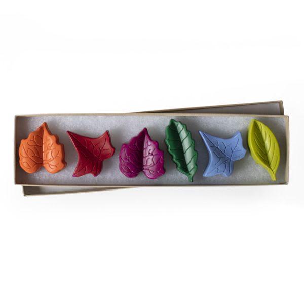 Set of 6 Crayons, Leaves