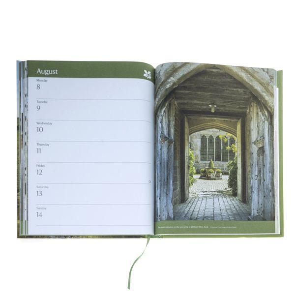National Trust 2022 Hardback Desk Diary