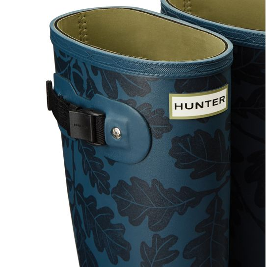 The top of a pair of Hunter Norris field boots showing detail like the Hunter logo and the boot strap