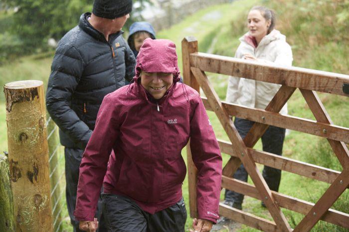 National Trust Jack Wolfskin Women's Longshaw Jacket, Rhododendron